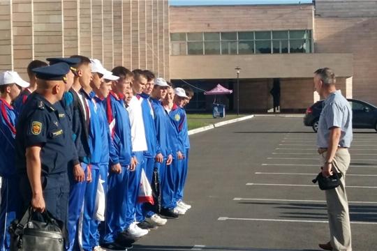Две команды из Чувашии участвуют в юнармейском оборонно-спортивном лагере «Гвардеец»