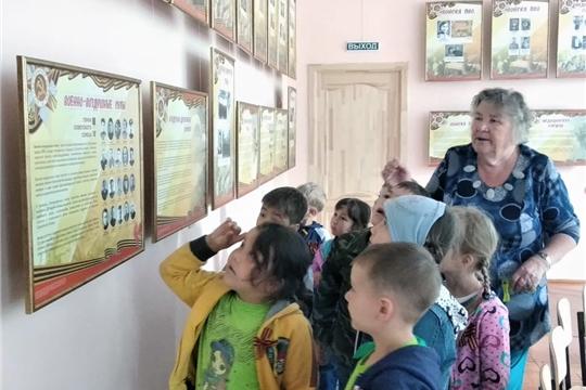 Воспитанники детского сада «Рябинушка» побывали на  выставке «Моя семья в истории Великой Победы»