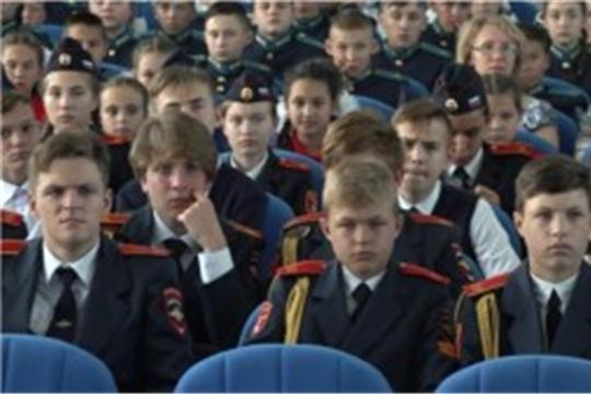 Пилотажная группа «Стрижи» посетила Кадетский корпус, Национальное ТВ