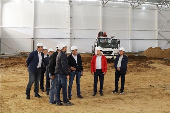 Глава республики Михаил Игнатьев проинспектировал ход строительства спортивных объектов Чувашского кадетского корпуса