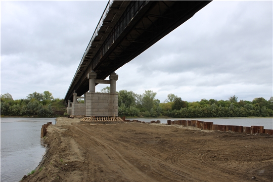 Вниманию водителей: в период с 4 сентября по 31 октября с 9.00 до 15.00 проезд по мосту через р. Сура будет периодически останавливаться на время проведения работ