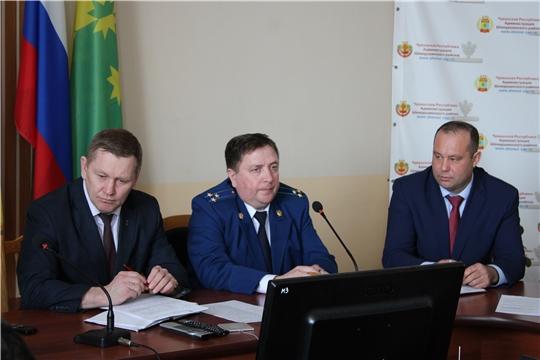 В Шемуршинском районе состоялось расширенное заседание комиссии по профилактике правонарушений и антинаркотической комиссии