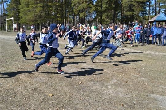 Состоялся первый в этом году легкоатлетический кросс среди школьников в зачет XXXI Спартакиады школьников Шемуршинского района
