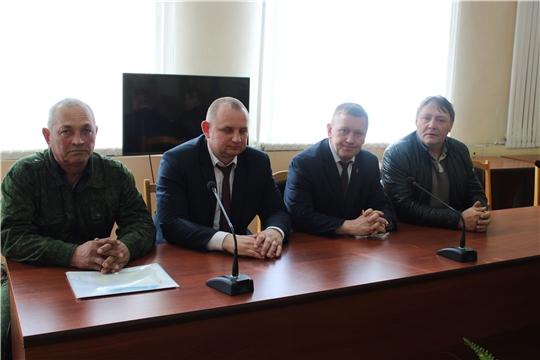 В администрации Шемуршинского района состоялись общественные обсуждения проекта лимита добычи лося  на территории Чувашской Республики