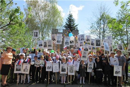 День Победы остается в России самым трогательным, душевным праздником и славной датой