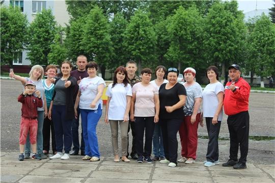 Производственная гимнастика сотрудников администрации Шемуршинского района – залог качественной работы