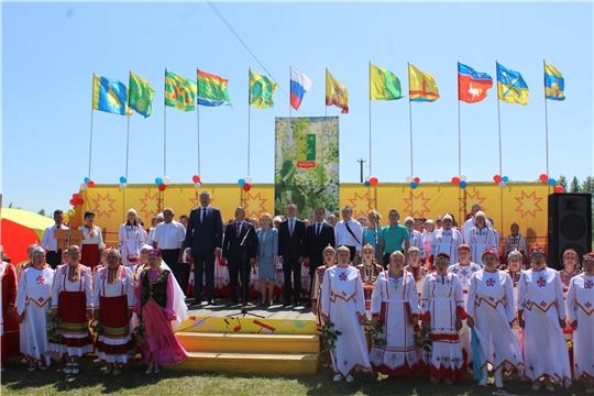 В Шемуршинском районе состоялся традиционный праздник песни, труда и спорта «Акатуй - 2019»