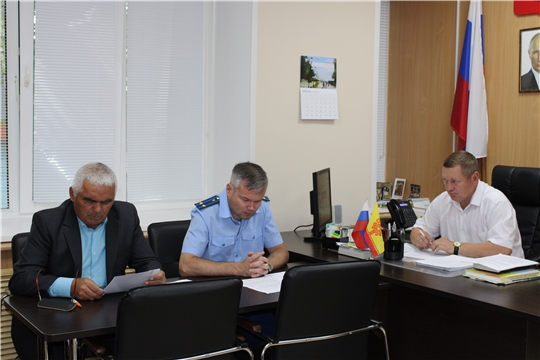 В администрации Шемуршинского района состоялось заседание Совета по противодействию коррупции
