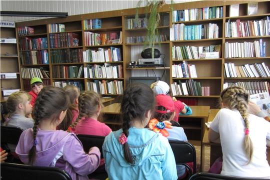 В МБУК «Централизованная библиотечная система» Шемуршинского района состоялось литературное знакомство «Шукшин и кино»