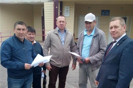 Глава администрации Шемуршинского района Владимир Денисов с рабочим визитом посетил Трехбалтаевское сельское поселение