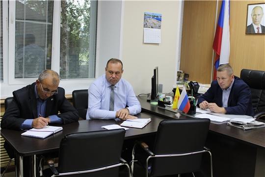 Рабочая неделя в администрации Шемуршинского района началась с еженедельной планерки
