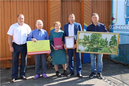 В Шемурше установили памятную табличку Почетному гражданину Шемуршинского района