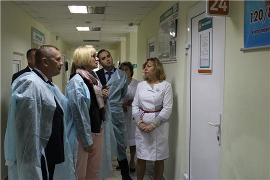Помощник министра здравоохранения РФ Ирина Андреева с рабочим визитом посетила Шемуршинскую районную больницу