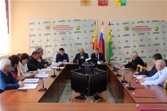 В зале заседаний администрации Шемуршинского района состоялось очередное тридцатое заседание Шемуршинского районного Собрания депутатов третьего созыва