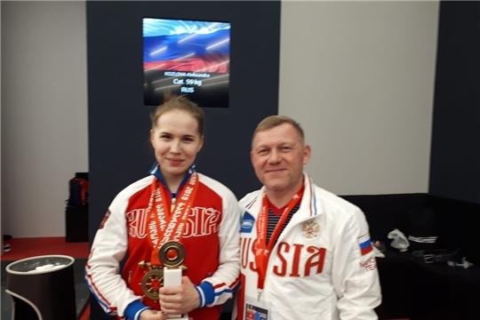 Александра Козлова – бронзовый призёр чемпионата Европы по тяжелой атлетике!