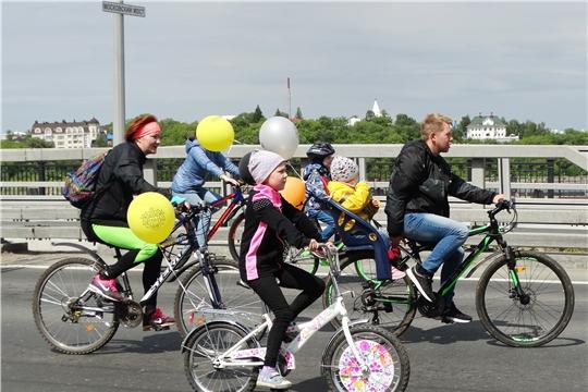 Столица Чувашии присоединилась к Всероссийскому дню велопарадов