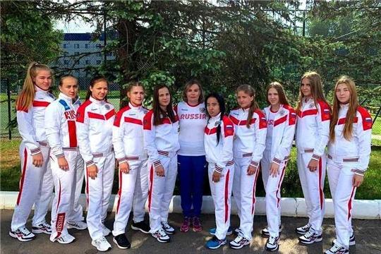 Алёна Тимофеева и Евгения Захарченко выступят на юниорском первенстве Европы по спортивной борьбе