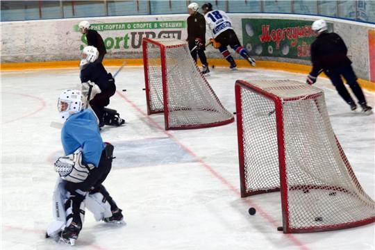 Каникулы с пользой: юные хоккеисты Чувашии активно готовятся к новому сезону