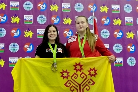 Алина Алексеева и Надежда Осипова – призеры 1 этапа Кубка мира по мас-рестлингу