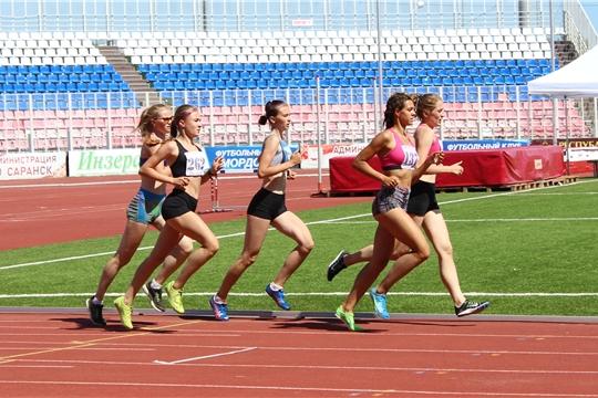 Легкоатлетическая сборная Чувашии завоевала 11 медалей на окружном этапе Спартакиады учащихся России