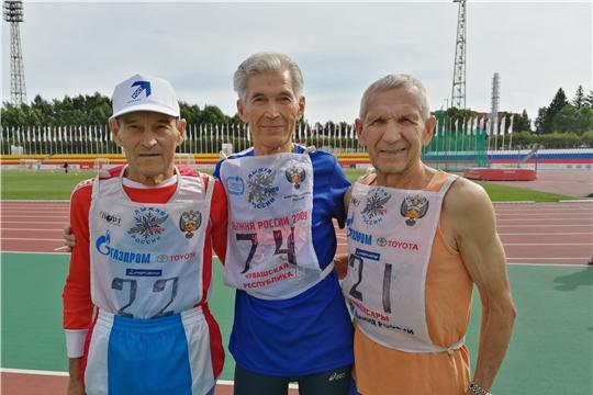 Традиционный легкоатлетический забег ветеранов спорта открыл программу празднования Дня физкультурника в Чувашии