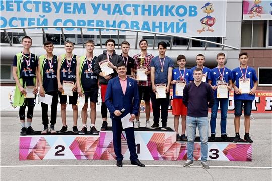 Разыграны медали Всероссийских соревнований по уличному баскетболу «Оранжевый мяч»
