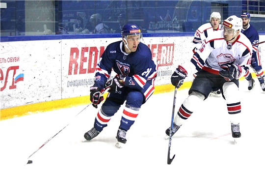 Хоккейный клуб «Чебоксары» провел первые предсезонные матчи на домашнем льду