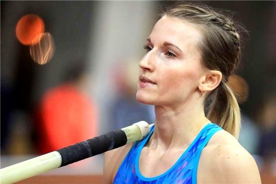 Анжелика Сидорова выиграла показательные соревнования по прыжкам с шестом в Цюрихе