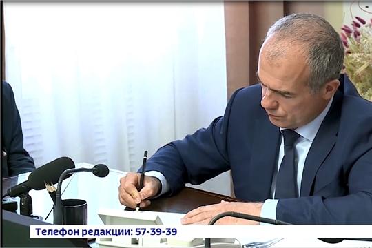 Глава столичной администрации Алексей Ладыков пообщался с чебоксарцами на прямой линии