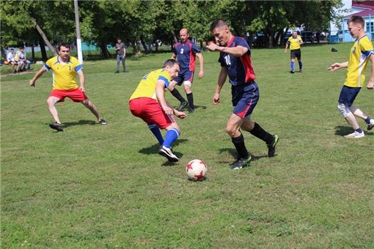 Команда администрации Урмарского района - победитель зональных соревнований по мини-футболу