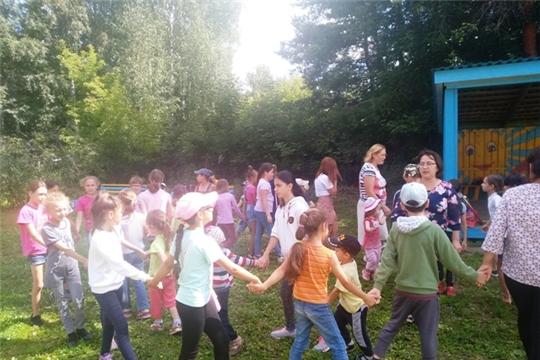 Летняя площадка «Веселые затеи ребятам с нашего двора»