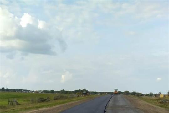 В Урмарском районе продолжается ремонт автомобильных дорог