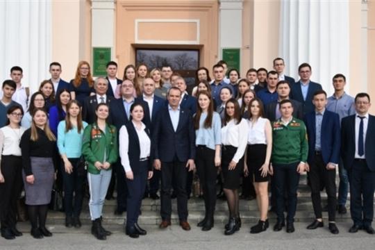 Михаил Игнатьев обсудил со студентами ЧГСХА потенциал и перспективы развития сельского хозяйства