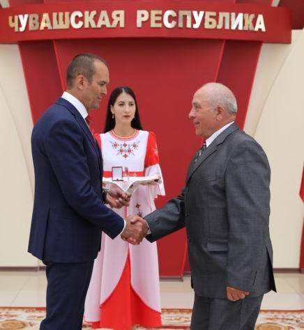 В День Республики труженики района отмечены государственными наградами