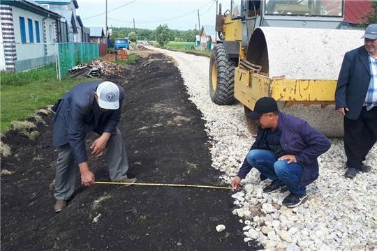 Состоялся осмотр новой дороги в деревне Тузи-Сярмус, построенной в рамках программы инициативного бюджетирования