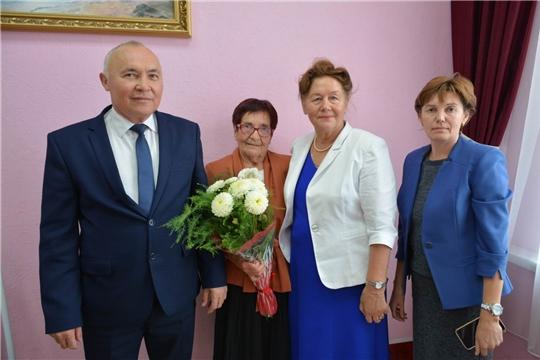 Юбилейную дату отметила ветеран педагогического труда, жительница села Калинино Тихонова Заря Филипповна