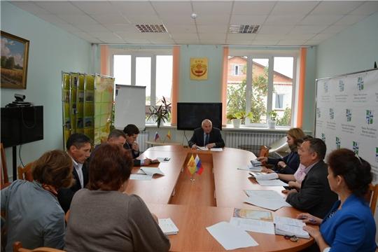 В Вурнарском районе обсудили вопросы подготовки к Всероссийскому дню бега — Кроссу нации
