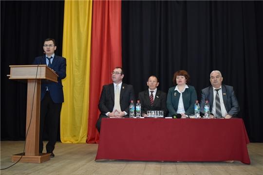 По многочисленным просьбам жителей города Ядрин состоялся повторный отчет главы администрации Ядринского городского поселения П.Бажайкина