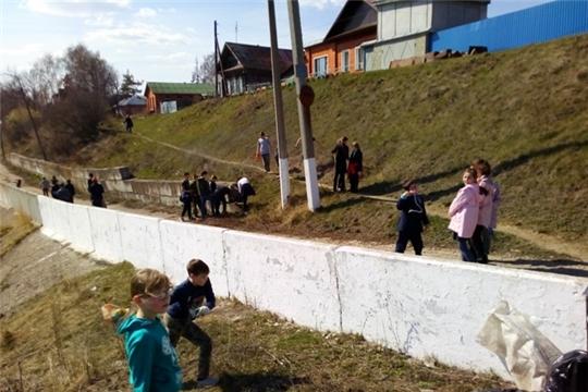 Пятиклассники гимназии г. Ядрин приняли активное участие в акции «Чистый берег»