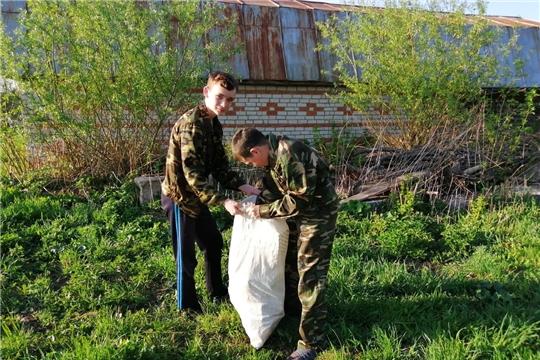 Волонтеры Победы Ядринского района: помощь пожилым и благоустройство