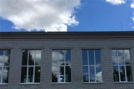 Продолжаются ремонтные работы в спортивном зале Кукшумской школы