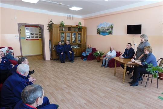 В рамках реализации проекта «Юристы – населению» состоялась встреча с ветеранами отделения стационарного обслуживания  д. Кильдюшево