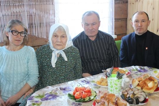 Труженице тыла, ветерану труда, жительнице д.Избахтино Павловой Лидии Ивановне – 90 лет