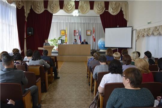 В ходе Eдиного информационного дня в Яльчикском районе обсуждены актуальные темы