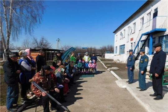 В рамках месячника «Пожарная безопасность» проведены тренировочные пожарно-тактические учения в отделениях стационарного обслуживания граждан пожилого возраста и инвалидов
