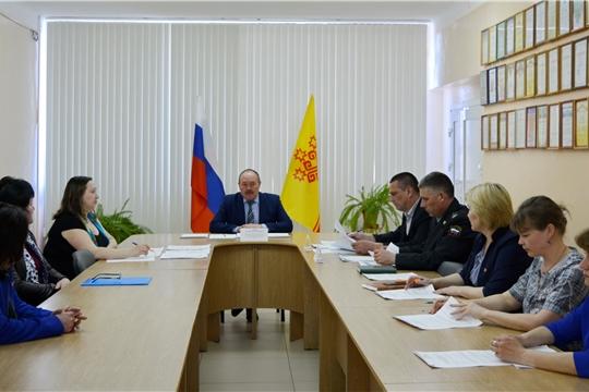 Состоялось заседание Межведомственной комиссии по вопросам повышения доходов консолидированного бюджета Яльчикского района