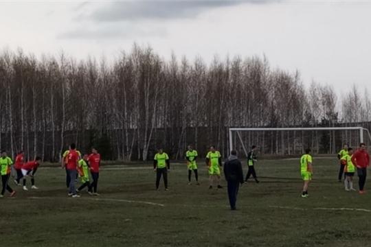 Команда Яльчикского сельского поселения вышла в финал Кубка Яльчикского района по футболу
