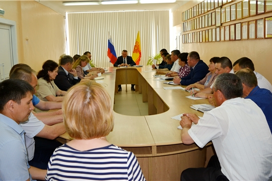 Состоялось заседание комиссии по предупреждению и ликвидации чрезвычайных ситуаций и обеспечению пожарной безопасности Яльчикского района