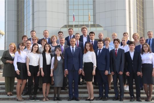 Михаил Игнатьев поздравил с успехом победителей и призеров Всероссийской олимпиады школьников и их наставников