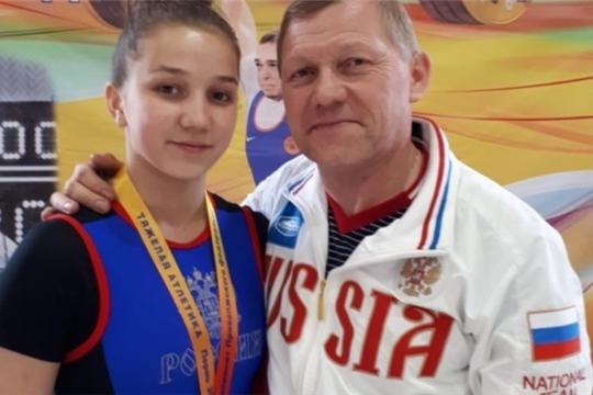 Полина Андреева - бронзовый призер чемпионата Поволжья по тяжелой атлетике